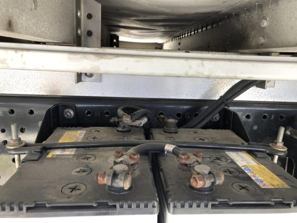 トラック バッテリー